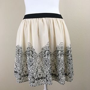 American Eagle Outfitters skater floral skirt sz M